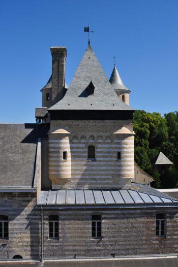 07-Abbaye-Saint-Paul-donjon_mini